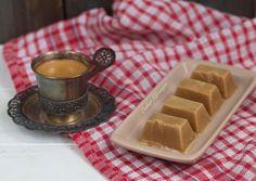 Есть рецепты вкусные, а есть ОЧЕНЬ вкусные. Вот эти диетические конфеты Коровка, как раз, второй вариант. Очень простой рецепт, а результат - необыкновенный. Вкусные, полезные конфеты. Калорийность ди