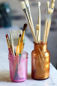 'How to Make Glitter Mason Jars' from the Lilyshop Blog
