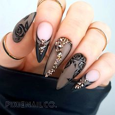 Lace Nails, Bling Nails, Stiletto Nails, Lace Nail Art, Goth Nail Art, Pointed Nails, Best Acrylic Nails, Acrylic Nail Designs, Nail Art Designs