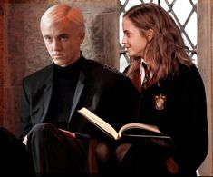 Draco And Hermione Fanfiction, Harry Potter Draco Malfoy, Harry Potter Ships, Harry Potter Images, Harry Potter Cast, Harry Potter Love, Hermione Granger, Dramione, Drarry