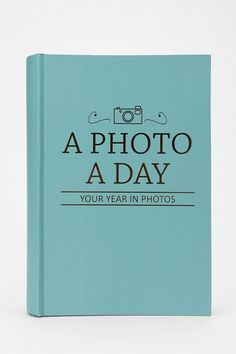 Photo a Day Photo Album - For first year of marriage. I LOVE this idea!!!