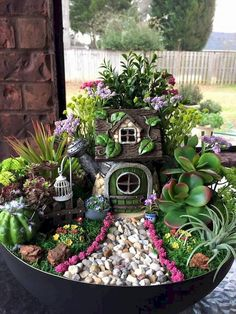 If you are looking for Diy Fairy Garden Design Ideas, You come to the right place. Here are the Diy Fairy Garden Design Ideas. This article about Diy Fai. Indoor Fairy Gardens, Fairy Garden Plants, Mini Fairy Garden, Fairy Garden Houses, Miniature Fairy Gardens, Succulents Garden, Fairies Garden, Fairy Gardens For Kids, Garden Terrarium