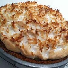 coconut cream pie, my favorite!!!