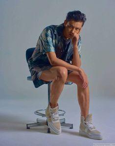 「The Editorials」吳亦凡 X Crash Magazine Spring/Summer 2019 Kris Wu, Exo, Chanyeol, Male Fashion Trends, Mens Fashion, Crash Magazine, Rapper, Kim Minseok, Wu Yi Fan