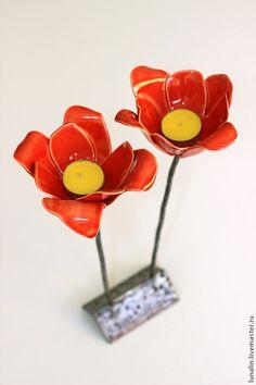 """Подсвечники ручной работы. Подсвечник """"Красные цветы"""" керамический. shantimama. Ярмарка Мастеров. Красные маки, уникальный подарок, декор для интерьера"""
