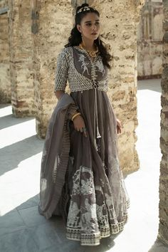 Welcome to Nida Azwer shop! Buy all ladies new arrivals collection from our store. Our collection exclusively also available online. Pakistani Wedding Outfits, Pakistani Dresses, Indian Dresses, Pakistani Bridal, Indian Designer Suits, Pakistani Dress Design, Churidar, Indian Fashion, Women's Fashion
