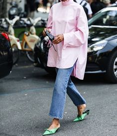 12 Stunning High Heels and Wedges To Wear This Summer Shoes – Modest Summer fashion arrivals. New Looks and Trends. Look Street Style, Street Looks, Street Chic, Fashion Mode, Fashion Week, Womens Fashion, Fashion Trends, Street Fashion, Fashion Bloggers