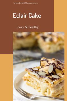 This Chocolate Eclair Cake feels like a cloud melting in your mouth. It`s perfect for special events or weekend baking with the kids. Traditional French Desserts, Classic French Desserts, French Dessert Recipes, French Recipes, Savoury Pastry Recipe, Easy Pastry Recipes, Gourmet Recipes, Mini Pastries, Breakfast Pastries