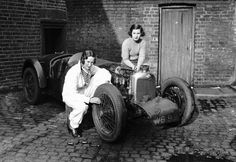 Women who raced at Brooklands in 1930s, Riley