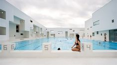 Les Bains Des Docks Aquatic Center 10
