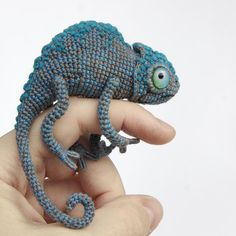 Mesmerizing Crochet an Amigurumi Rabbit Ideas. Lovely Crochet an Amigurumi Rabbit Ideas. Crochet Diy, Crochet Gratis, Crochet Stitch, Crochet Animal Amigurumi, Amigurumi Doll, Crochet Animals, Crochet Patterns Amigurumi, Crochet Dolls, Knitting Patterns