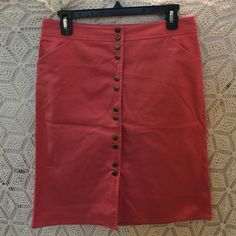 J.Crew Pink Pencil Skirt Button down pink pencil skirt, with pockets!!! 23 inches long, 30 inch waist. J. Crew Skirts Pencil