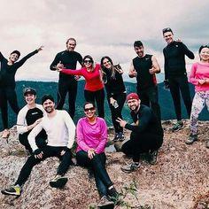 Companheirismo e muitas risadas! Essa foi a junção com essa galera incrível que fez a aventura para o Pico Agudo ser ainda melhor! ✌ #aventure #aventureiros #adventure #trekking #trilhandomontanhas #pico #picoagudo #friends #amigos #profissaoaventura #ecoturismo #natureza #naturezaperfeita #nature #sapopema #goprobrasil #iphone6s #vsco #instasize