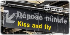 Kiss and Fly, photography, printed di LaPellicolaCheNonCe su Etsy