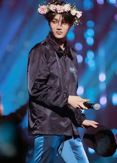 why is this so beautiful? #KAI #EXO