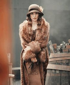 Will Charlotte be back for series five of Peaky Blinders or has pregnancy pressed pause? Charlotte :'No, due to no reason other than I just haven't be. Peaky Blinders Clothing, Peaky Blinders Costume, Peaky Blinders Theme, May Carleton, Charlotte Riley Peaky Blinders, Gatsby, Winter Coat Outfits, English Style, Vintage Glamour
