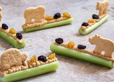 7 Easy Ways to Make Snack Time More Fun for Your Kids Nutritious Snacks, Healthy Snacks For Kids, My Recipes, Cooking Recipes, Children Food, Food Kids, Banana Split, Group Meals, Holiday Cookies