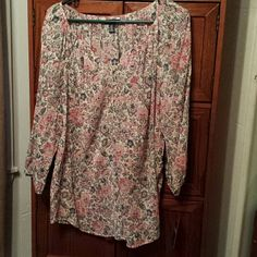 NWT Pretty Chaps Blouse This top is cute with capri's and wedge sandals. Size large. New with tags ($60) Ralph Lauren Chaps Tops Blouses
