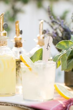 Mix & Match Garden Cocktail Bar is a charming entertaining idea for any special event! An easy way to make delicious cocktails!