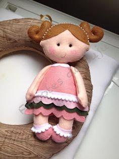 Fricotes da Juju: Boneca de feltro