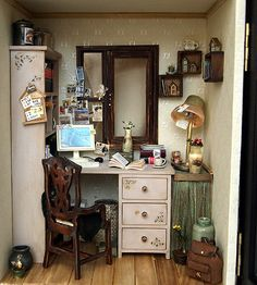 for Inspiration - miniature dollhouse office, great staging | source:Only My Space handmade Dollhouse Miniatures by DollhouseAra