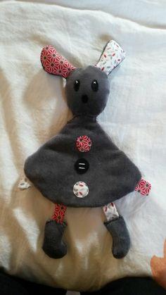 mimi la souris sur pinterest activit s souris et coloriage. Black Bedroom Furniture Sets. Home Design Ideas