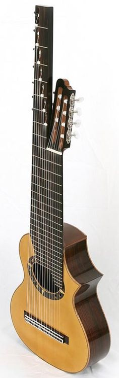 Rodolfo Cucculelli, 14-string Alto Guitar. Somebody??? Please and thank you.