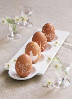 Des œufs gravés comme des pierres précieuses / Easter http://www.marieclaireidees.com/,un-petit-lapin-en-tissu-applique,2610153,1678.asp