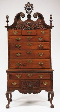 An interesting article about rococo themes and elements in the Philadelphia high chest of drawers