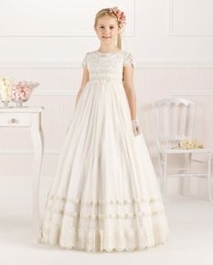 Vintage Empire A-line Lace overlay Tulle Communion Dress with Short Sleeves