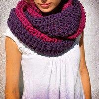 Bufanda circular tejida dos     colores