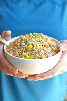 Instant Pot fried rice is a pressure cooker version made in a fraction of the time and it will totally satisfy any craving for Asian cuisine. Delicious Vegan Recipes, Vegetarian Recipes, Superfood Recipes, Lunch Recipes, Dinner Recipes, A Food, Good Food, Making Fried Rice, Pinterest Recipes