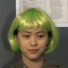 Kpop Girl Groups, Korean Girl Groups, Kpop Girls, Meme Faces, Funny Faces, K Pop, Current Mood Meme, Funny Kpop Memes, I Love Girls