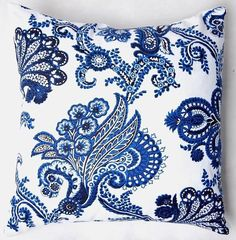Beautiful blue and white porcelain Chinese cushion