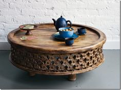 coffee table- new arrival west elm $299