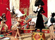 Viktor & Rolf inspiraram-se nesta temática para uma make-up incrível, Cate Blanchet caracterizou-se de Augustus e foi fotografada por Annie Leibovitz.