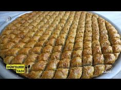 Fish And Meat, Fish And Seafood, Turkish Recipes, Italian Recipes, Turkey Today, Turkish Sweets, Turkish Kitchen, Fresh Fruits And Vegetables, Yogurt
