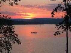 Watts Bar Lake Vacation Rentals - Tennessee Lakefront Cottages