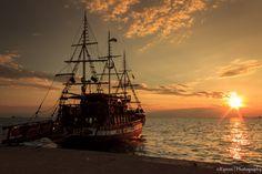 Sunset @ Thessaloniki's port | Flickr - Photo Sharing!