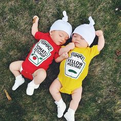 Twins Gift, Premium Ketchup and Mustard Outfits Licensed by Heinz – Funny Baby Outfits Cutest twins Halloween costumes. Matching twins costumes for Halloween.