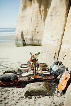{seaside dinner party picnic}