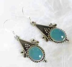 Love these drop earings by Druzydreams