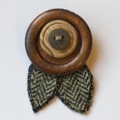 Layered buttons, wool tweed leaves - this might be a pin? Or brooch? Pic for…