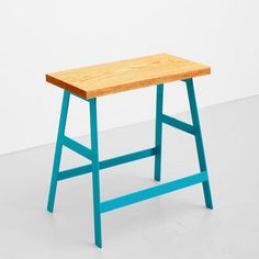 Great idea for a colorful stool/bench seat. This is a DIY project waiting to happen.