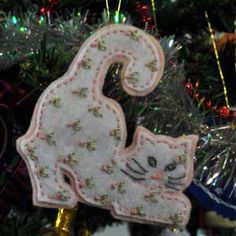 Pink Kitty Cat, Embroidered Felt Christmas Tree Ornament - smb: a kitty that's supposed to be on the tree!