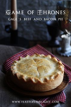 of Thrones: Beef and Bacon Pie Beef and Bacon Pie inspired by the book series, A Song of Ice and Fire, Game of Thrones.Beef and Bacon Pie inspired by the book series, A Song of Ice and Fire, Game of Thrones. Bacon Pie, Beef Bacon, Empanadas, Game Of Thrones Food, Pie Recipes, Cooking Recipes, Curry Recipes, Pie Game, Gastronomia