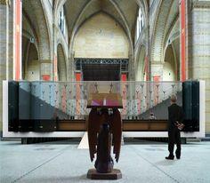 Glass box in church, Marco Bruijnes