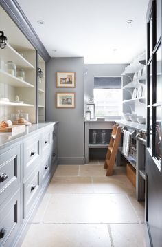 Manoir Limestone Flooring – Classic contemporary flooring – Longford Pantry – walk in pantry inspiration Gray Interior, Kitchen Interior, Interior Design Living Room, Studio Mcgee, Pantry Inspiration, Pantry Room, Dark Countertops, Limestone Flooring, Pantry Design