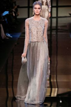 Sfilata Giorgio Armani Privé Paris -  Alta Moda Primavera Estate 2014 - Vogue