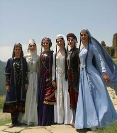 Traditional Fashion, Traditional Dresses, Folk Costume, Costumes, Caucasian Race, Armenian History, The Beautiful Country, People Of The World, Historical Clothing
